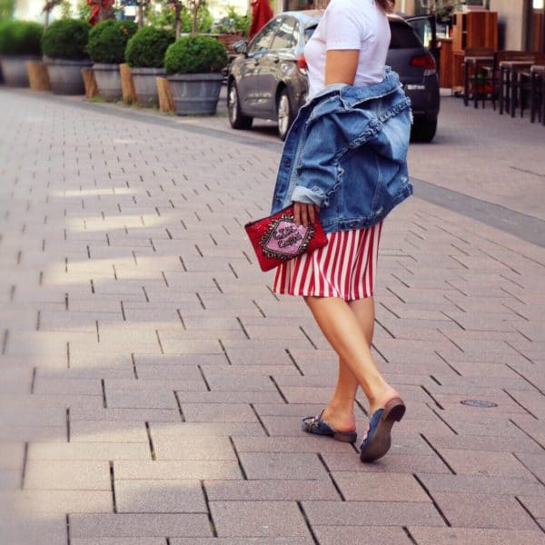 Red and Denim – Urban Summer Look